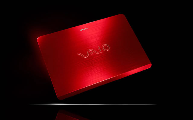 VAIO Fit 14   red edition