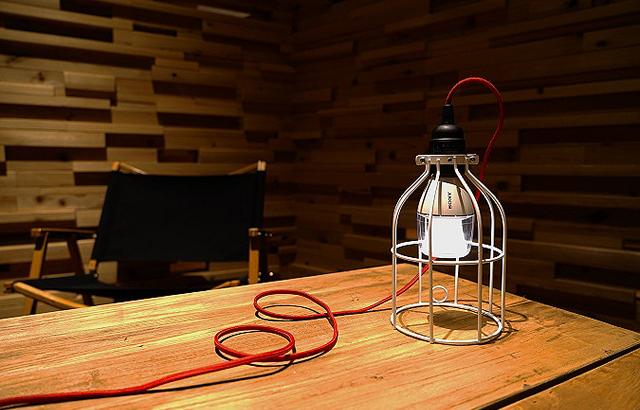 LED電球スピーカーとLineMeカラーケーブル