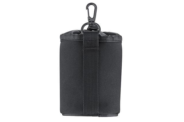 ナスカンとケースを繋ぐベルトはかなりしっかりとしています。