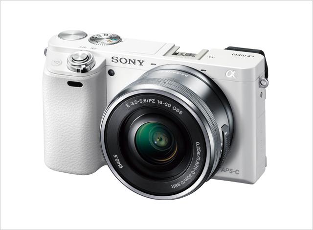 デジタル一眼カメラ α6000 パワーズームレンズキット ILCE-6000L