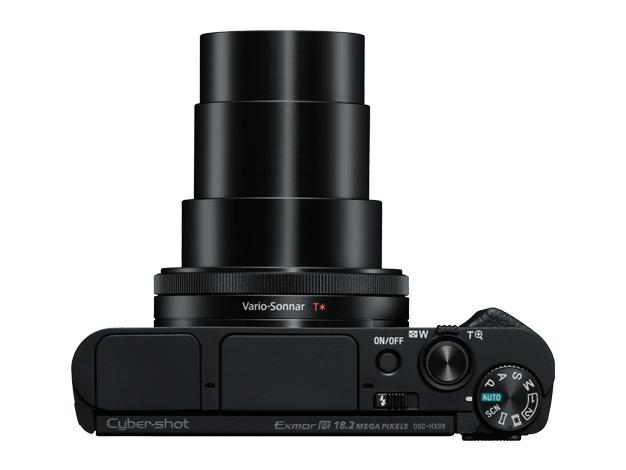 3モデルとも24-720mmの高倍率ズームレンズを搭載
